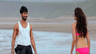 Alia Bhatt And Shahid Kapoor Hot Picture In Shaandaar Movie