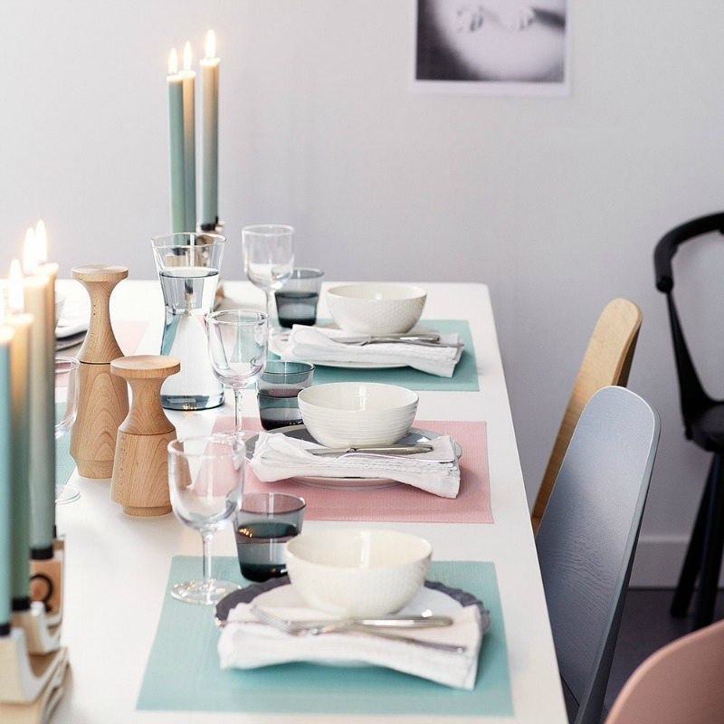 Contemporary place settings from Houseology