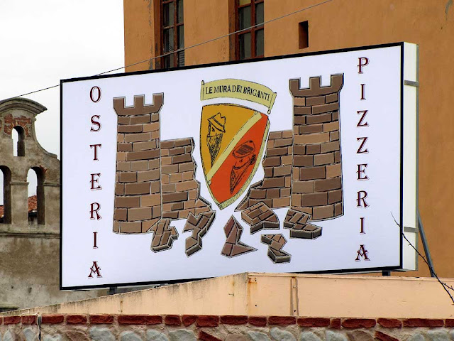 Le mura dei briganti, The Walls of the Brigands, osteria pizzeria, via Sant'Anna, Livorno