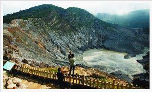 Tempat wisata Gunung Tangkuban Perahu