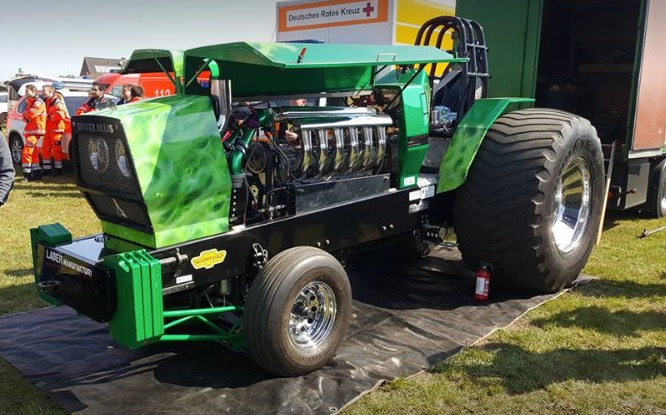 Tractor Pulling Engines : Tractor pulling news pullingworld supporters club