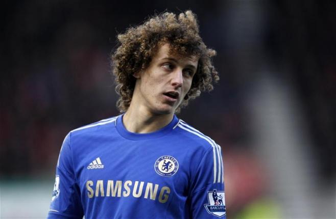 5 Defender yang sangat Jago Tendangan Bebas di Premier League
