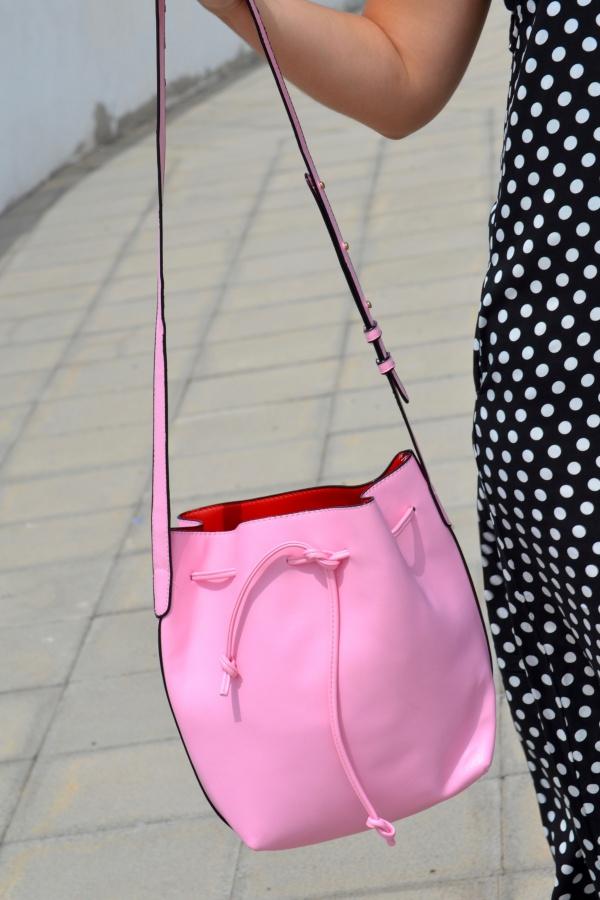 dresslily_review_summer_dresses_vestido_lunares_look_bolso_rosa_lolalolailo_04