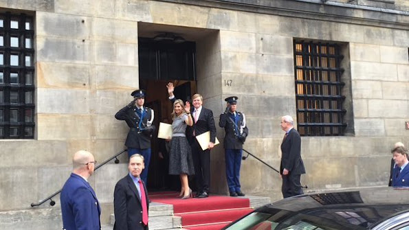 King Willem Alexander and Queen Maxima, Queen Beatrix, Princess Mabel, Princess Laurentien and Prince Constantijn of the Netherlands attend the 2015 Prince Claus Awards at the Royal Palace