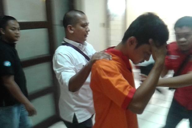 Mabuk Narkoba, Pria yang Mengaku Keponakan Helmi Yahya Tabrak Lari Polisi Saat Razia.