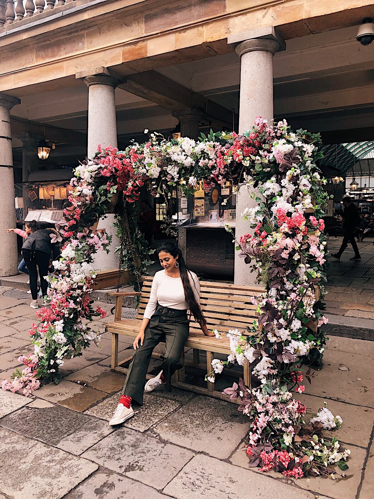 khaki paperbag waist trousers, khaki and white, wide leg trousers, zara trousers, converse outfit, spring outfit, london in spring, london street style, london spring look, spring day in london, covent garden, flowers in london spring, indian blogger, uk blog, london blogger