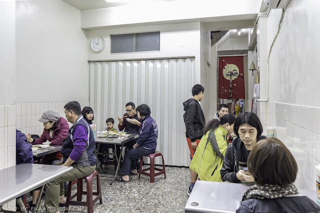 MG 1854 - 牛肉宋,中華夜市內隱藏版人氣熱炒,炒牛肉鹹香涮嘴份量大方,不排隊根本吃不到!