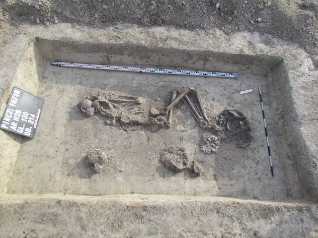 Early Bronze Age graves found in southern Poland