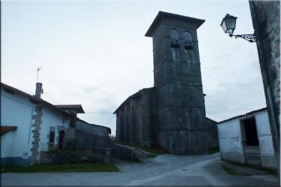 Iglesia protogótica de comienzos del siglo XIII