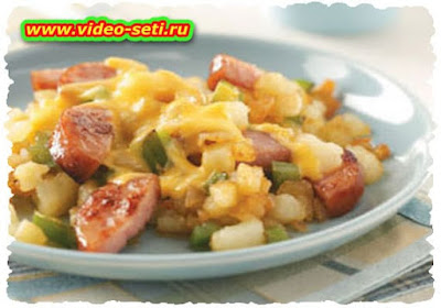 Sausage, Apple and Pepper Hash