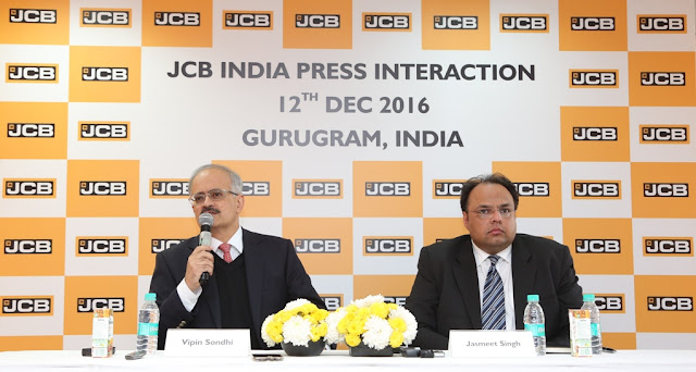 (L-R) Mr. Vipin Sondhi, MD and CEO, JCB India Limited and Mr. Jasmeet Singh, Head - Corporate Communications and External Relations, JCB India Limited