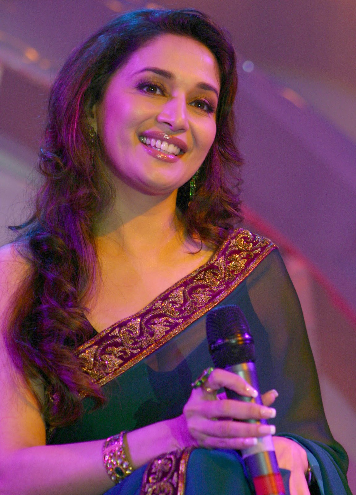 Glorious Beautiful madhuri dixit in green saree