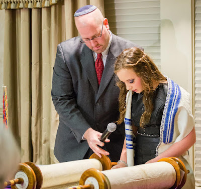 Bat Mitzvah Girl with Rabbi Jason Miller in Detroit, Michigan