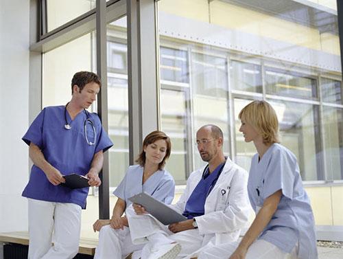 4 главные ошибки в коммуникациях врача, которые портят его репутацию