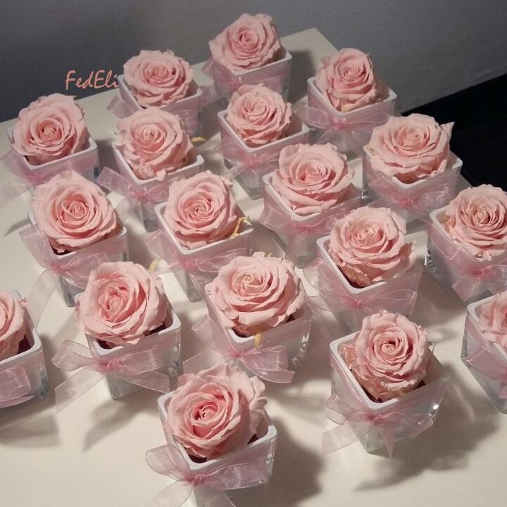 Fiori fedeli laboratorio artigianale bomboniere rosa for Rose color rosa antico