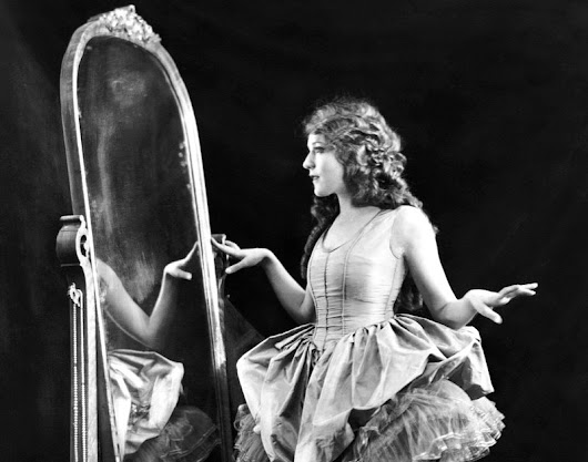 Happy Birthday Mary Pickford!