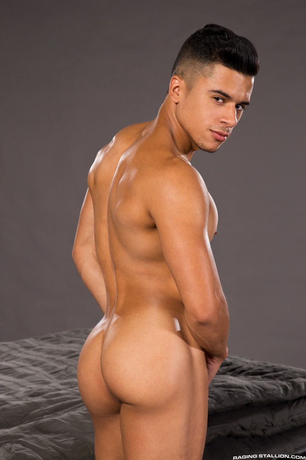 Breck Orshal Porn Awesome brutos-eros: armond rizzo