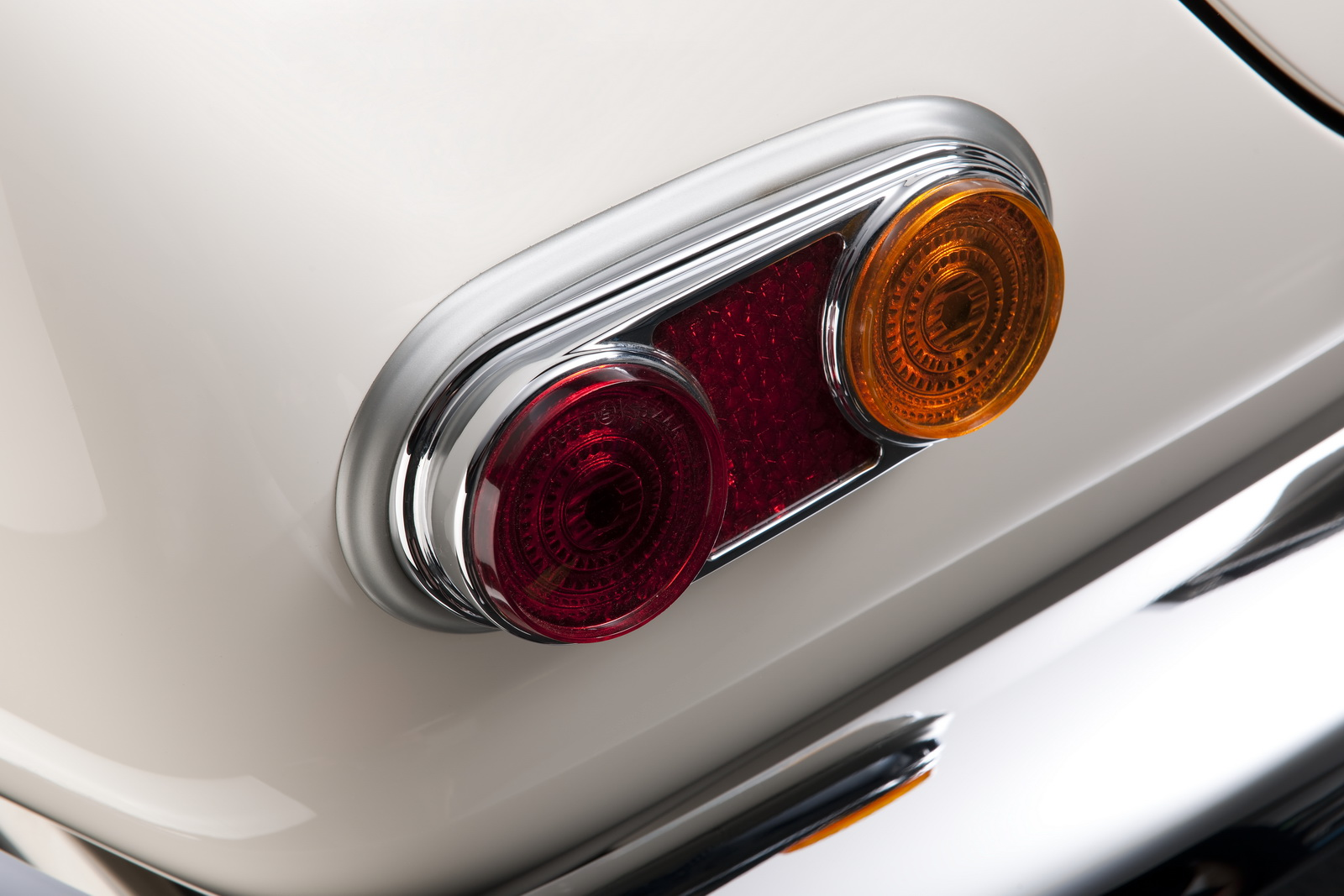 Elvis-BMW507-41.jpg