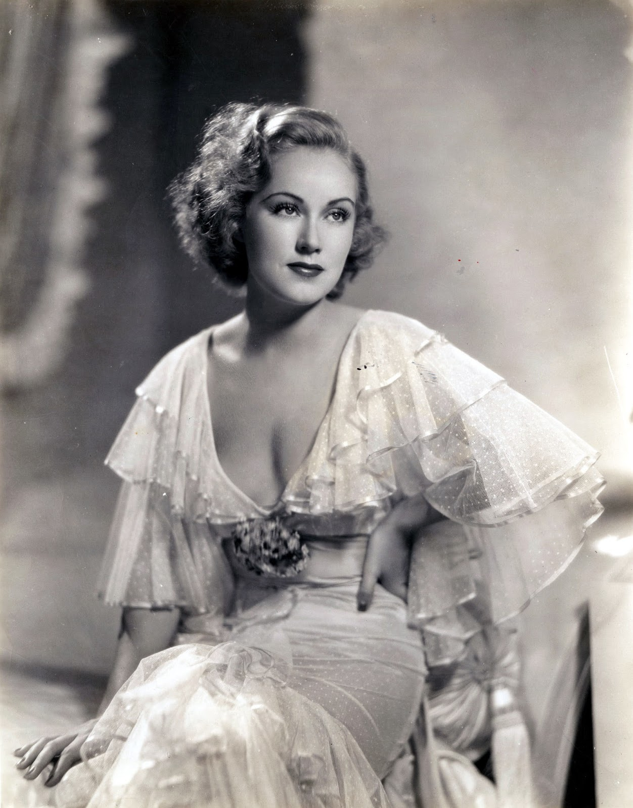 Cleavage Paulette Goddard naked (93 images) Is a cute, 2015, butt