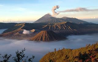 7 Tempat Wisata Ekstrem Indonesia , Patut Kalian Kunjungi !