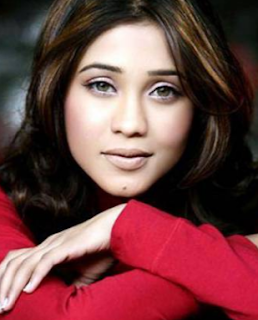 Amrapali Gupta And Yash Sinha, Age, Husband, Hot Marriage Photos, Pregnant, Qubool Hai, Biography, Facebook
