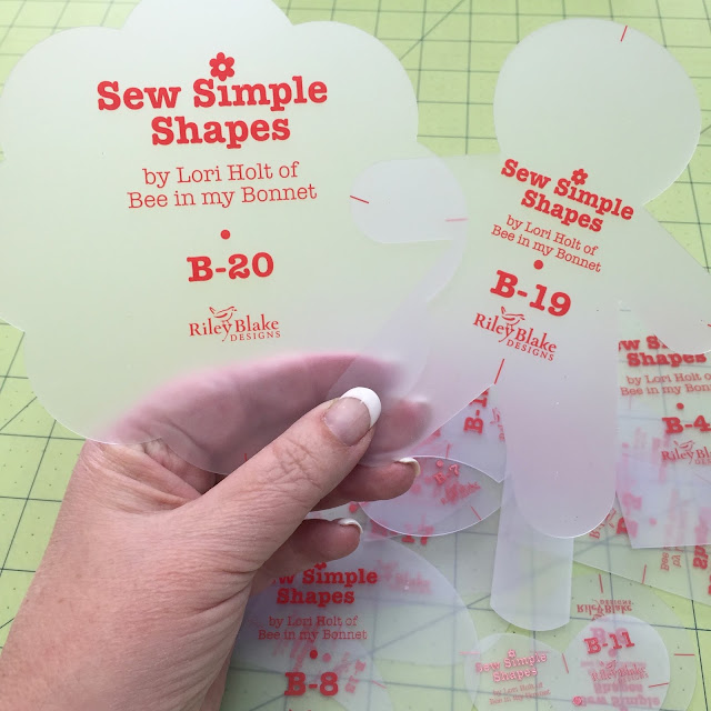 Bee In My Bonnet: COZY CHRISTMAS Sew Simple Shapes are HERE!!