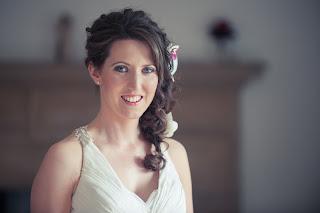 Wedding hair, brunette long hair with soft waves