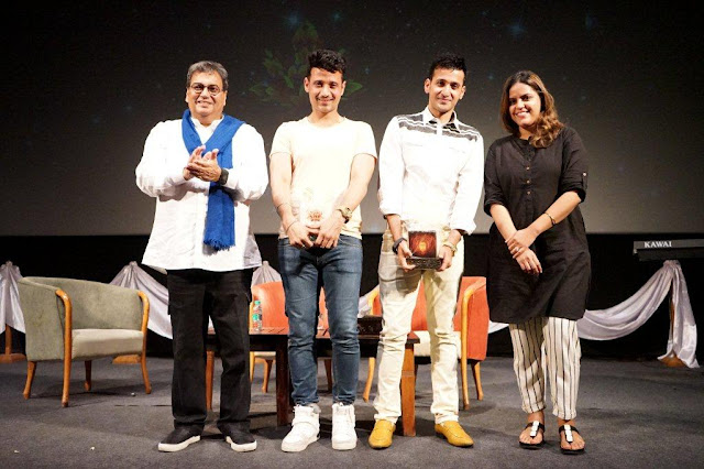 """Inspiration is within, one needs to identify it within themselves"", expressed the Meet Bros. and shared their learnings with the students of Whistling Woods International at the 5th Veda session"