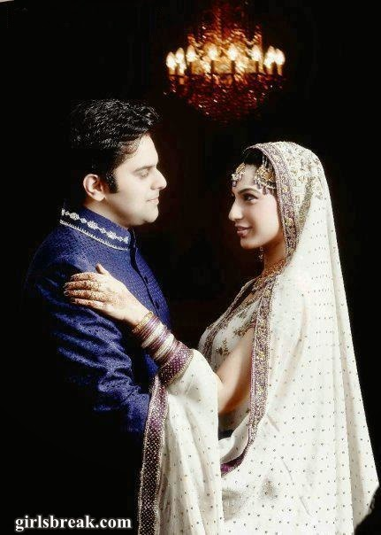 Stylish Pakistani Bridal with Groom Dresses www.bridalwebcity.blogspot.com