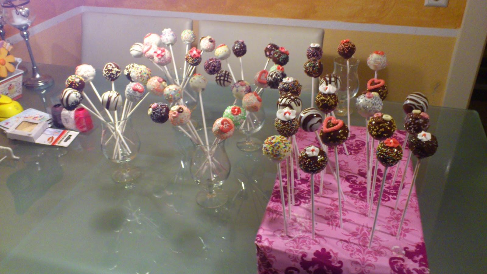 anni s cupcakes bild f r bild anleitung cake pops. Black Bedroom Furniture Sets. Home Design Ideas