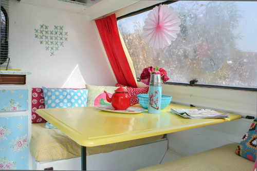 Cross+Stitch+Heart+Painted+in+caravan