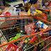 'Walaupun saya sudah bekeluarga, saya tetap beli barang dapur untuk ibu bapa'