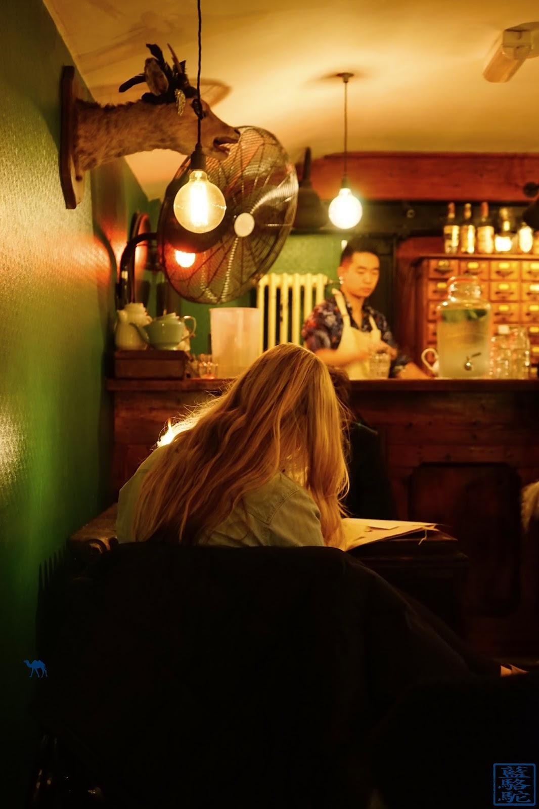 Le Chameau Bleu - Evans and Peel Bar caché à Londres