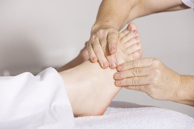 How to stop Foot Pain with 7 effective tips