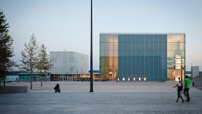 Teatro Almere diseñado por SANAA. Proyectos de arquitectura de SANAA