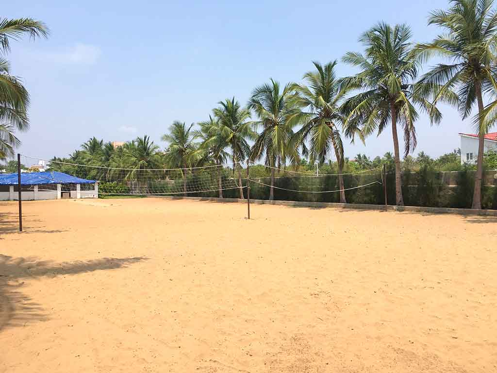budget beach resorts in ecr with swimming pool