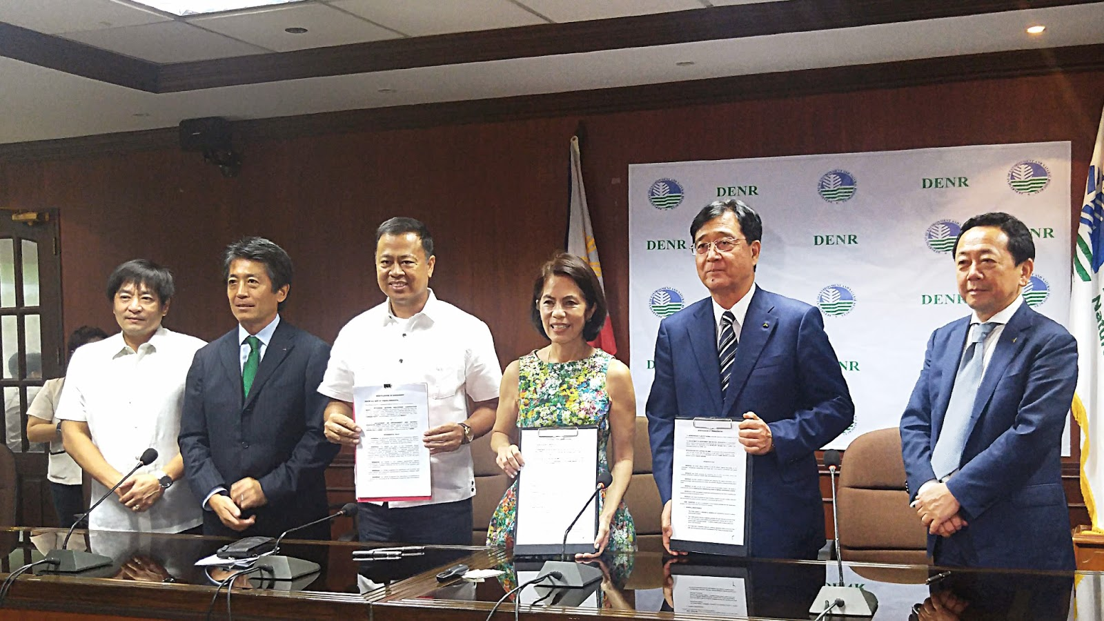 Mitsubishi Motors Philippines Corporation Supports DENR Secretary's Project
