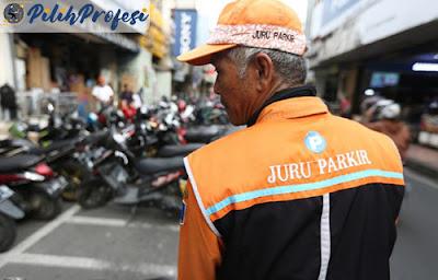 Tukang Parkir yang Istimewa