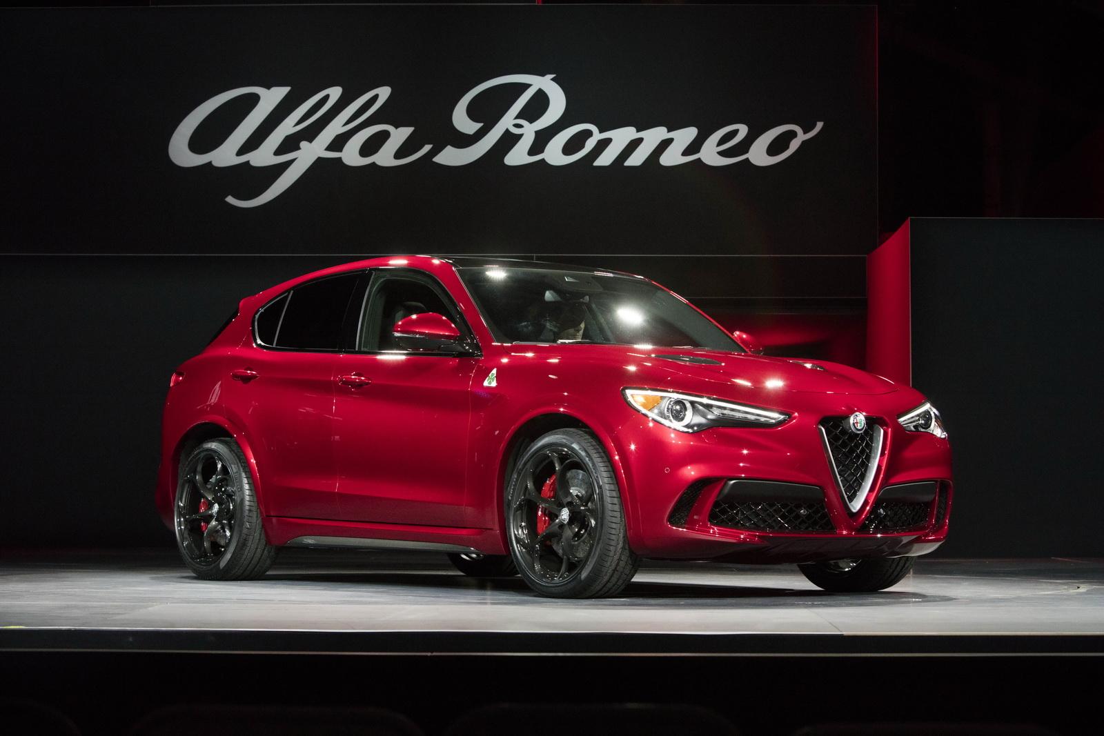 Alfa_Romeo_Stelvio_Quadrifoglio_05.JPG