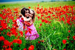"""Αποτέλεσμα εικόνας για Να προσπερνάς τα """"γιατί"""" και να μένεις στην αγάπη"""