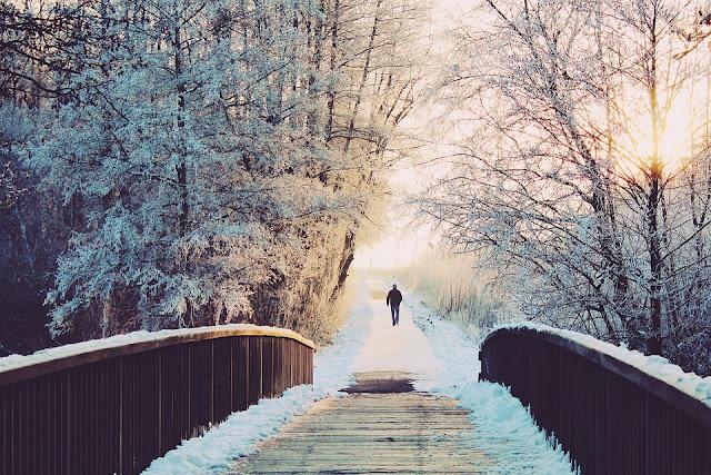 Jak przetrwać zimę i nie zwariować? Pomysły na zimowe wieczory
