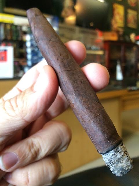 J.Fuego Americana Petit Corona cigar 2