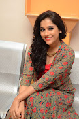 rashmi gautam new sizzling in red-thumbnail-5