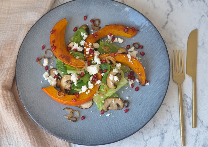 #glutenfree #salad #roastedpumpkin #pomgranate #fall #thanksgiving