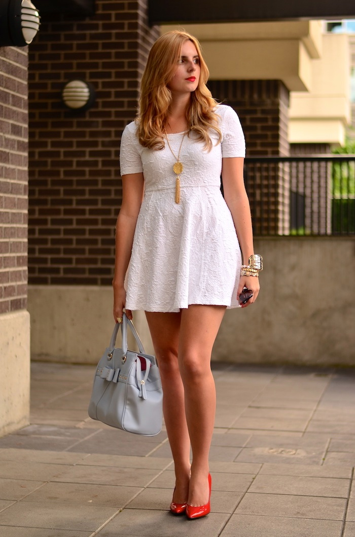 What to wear with a white sundress
