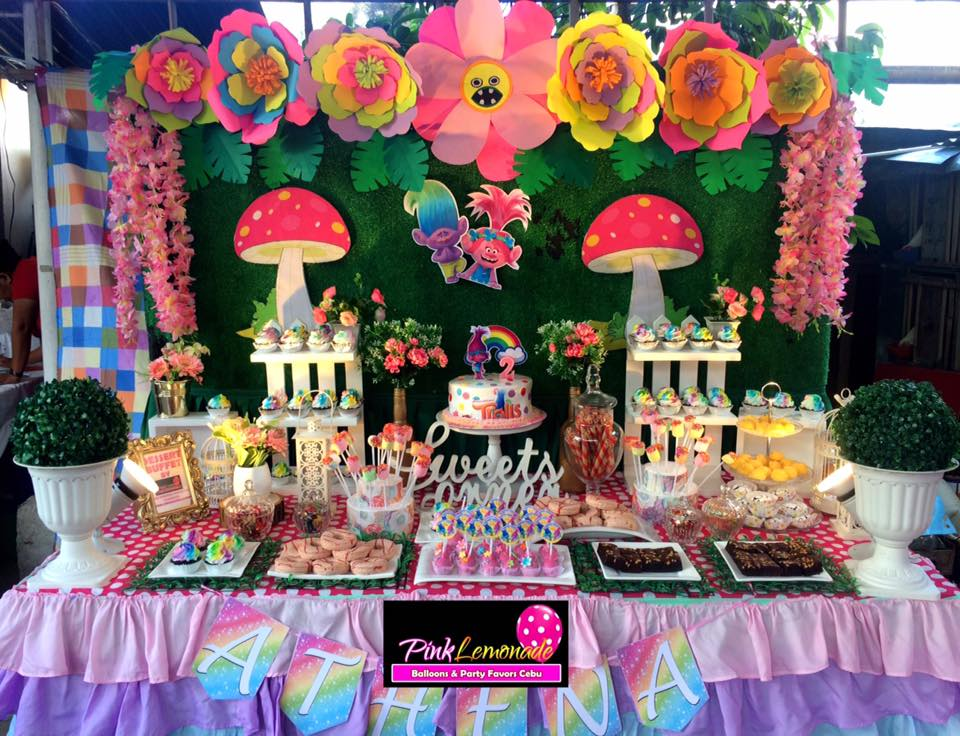 Phenomenal Pink Lemonade Balloons And Party Favors Cebu Trolls Themed Interior Design Ideas Clesiryabchikinfo