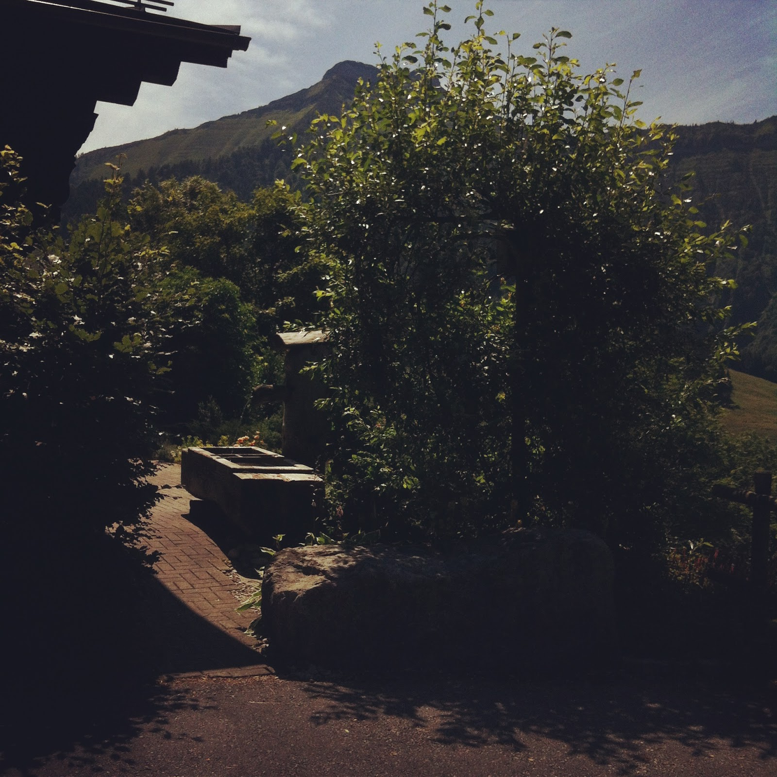 http://www.thecapitalf.com/2015/09/girls-trip-to-chalet.html