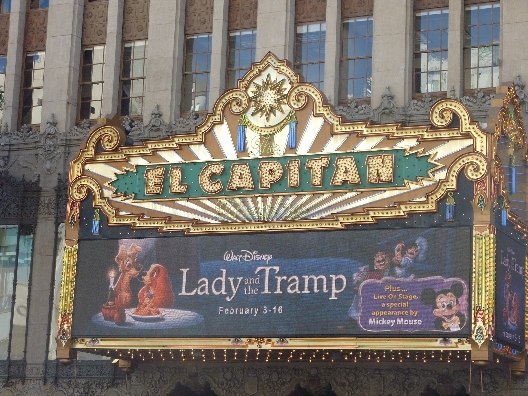 El Capitan marquee for Lady and the Tramp 1955 animatedfilmreviews.filminspector.com