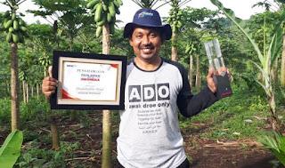 Luar Biasa Petani Sukses ini! Gaji Rp 75 Juta di World Bank Ditinggalkan Demi Bangun Pertanian di Kampung!
