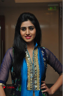 Actress Model Shamili Sounderajan Pos in Desginer Long Dress at Khwaaish Designer Exhibition Curtain Raiser  0003.JPG